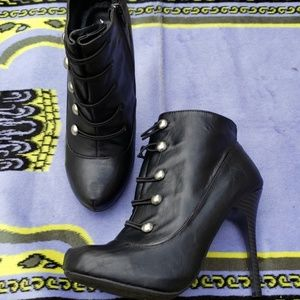 Anne Michelle Booties  Size 8.5